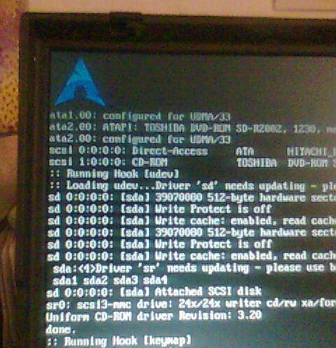 ArchLinux booteando en ThinkPad T22